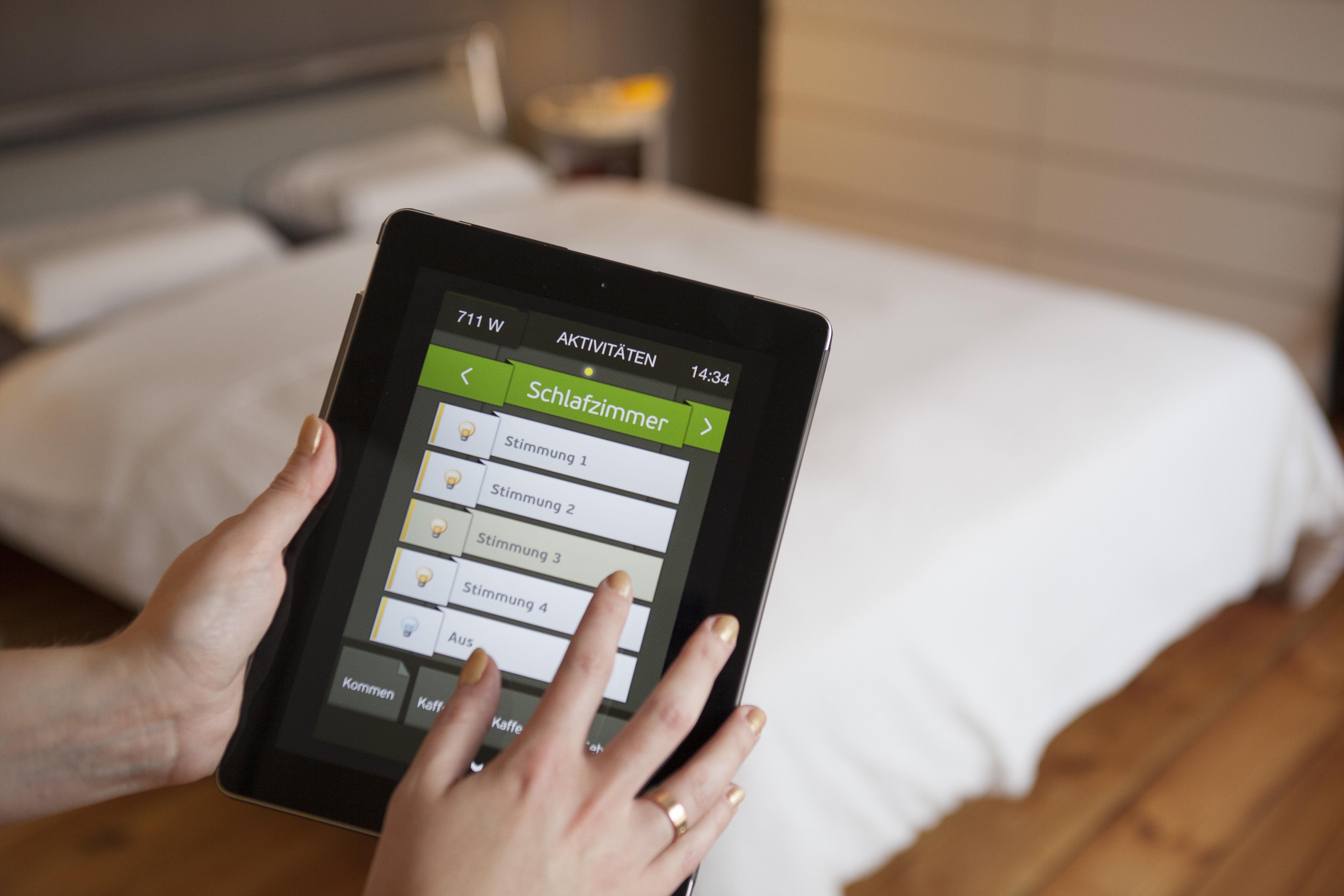 digitalstrom erneut testsieger bei focus money. Black Bedroom Furniture Sets. Home Design Ideas